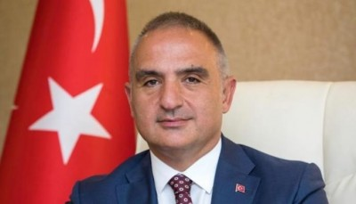 Ersoy (Τούρκος υπ. Πολιτισμού): Η UNESCO δεν ενοχλήθηκε που έγινε τζαμί η Αγία Σοφία