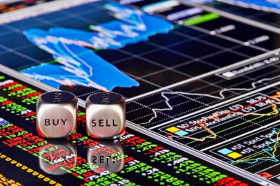 Σταθεροποιητικές κινήσεις στις ευρωπαϊκές αγορές - Ο DAX -0,1%, τα futures της Wall +0,4%