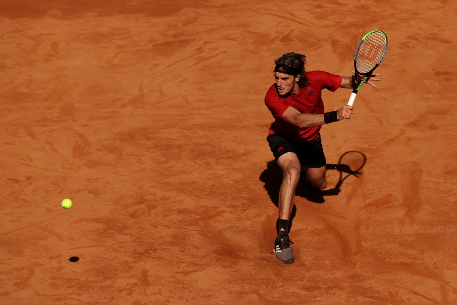 Internazionali BNL D' Italia: Ψύχραιμος ο Στέφανος Τσιτσιπάς, νίκησε Μπερετίνι και προκρίθηκε στα προημιτελικά του ATP τουρνουά της Ρώμης (video)