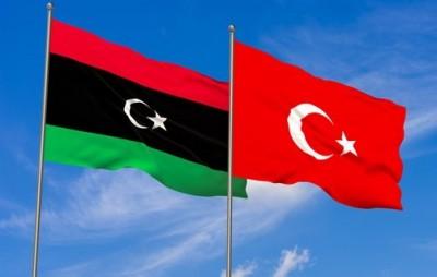 Γαλλία: Ανησυχεί για μια Ρωσοτουρκική συμφωνία για τη Λιβύη και τη δημιουργία τετελεσμένων