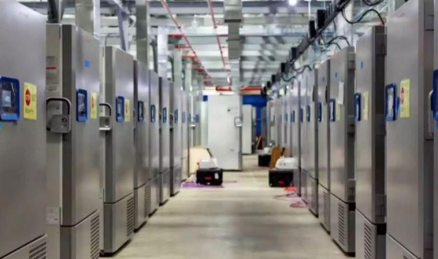 Ήλθαν στην Ελλάδα τα πρώτα ψυγεία για τα εμβόλια κατά του Covid - 19