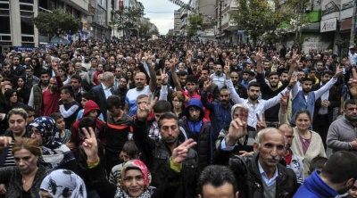 Ογκώδης διαδήλωση στην Κωνσταντινούπολη για τη μεγάλη αύξηση τιμών σε βασικά προϊόντα