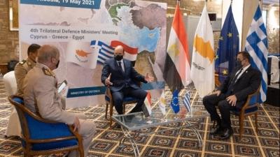 Μήνυμα Ελλάδας, Κύπρου και Αιγύπτου: Περαιτέρω ενίσχυση αμυντικής συνεργασίας - Καταδίκη τουρκικών προκλήσεων