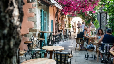 Η Γερμανία βγάζει εκτός των χωρών υψηλού κινδύνου την Ελλάδα - Εκτός της λίστας και η Κρήτη