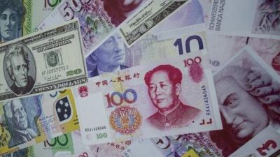 Κίνα και Ιαπωνία διαθέτουν συναλλαγματικά αποθέματα άνω των 4 τρισ. δολαρίων