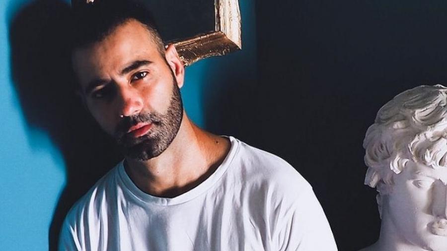 Ποινική δίωξη κατά του ηθοποιού Στραβοπόδη για σεξουαλική κακοποίηση - Αρνείται τις κατηγορίες