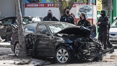 Έκλεψε αυτοκίνητο, τον αντιλήφθηκαν και ακολούθησε τρελή καταδίωξη στην Λιοσίων - Τραυματίστηκαν 4 άτομα