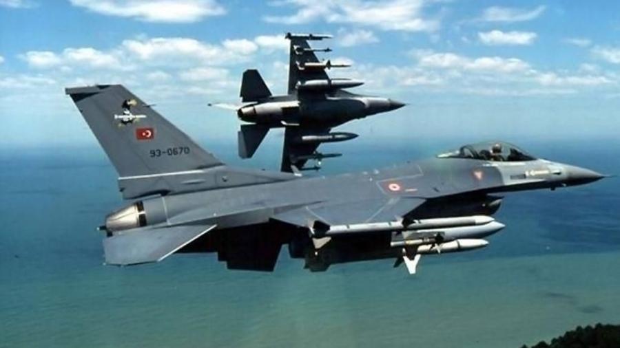 Δεκάδες παραβιάσεις και τρεις εμπλοκές με τουρκικά μαχητικά στο Αιγαίο