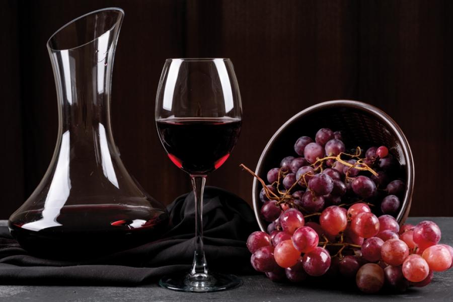 Πτώση 25% στην παραγωγή κρασιού το 2021 στην Ελλάδα