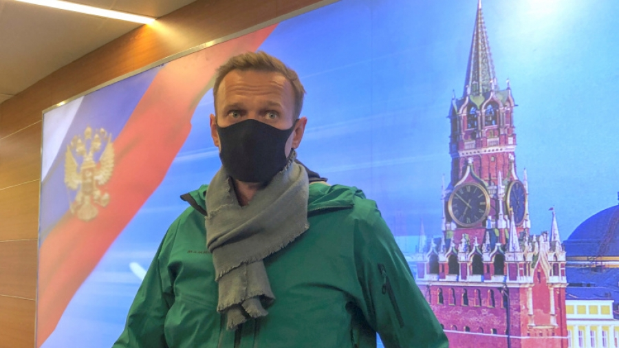 Η Merkel εξέφρασε την έντονη ανησυχία της για την υγεία του Navalny
