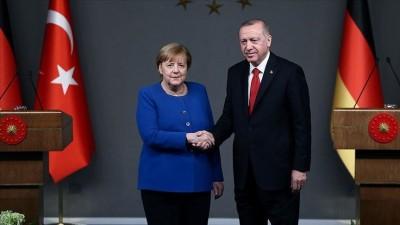 Νέα ανταλλάγματα στο μεταναστευτικό ζήτησε ο Erdogan από τη Merkel για την αναθέρμανση των σχέσεων με την  ΕΕ - Άσκησε κριτική στην Ελλάδα