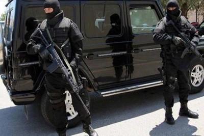 Γιάφκα στο Κουκάκι εντόπισε η Αντιτρομοκρατική - Τρεις συλλήψεις για κατοχή όπλων και εκρηκτικών