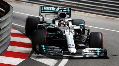 F1: Επίδειξη δύναμης και pole position για τον Lewis Hamilton στο Grand Prix του Μονακό
