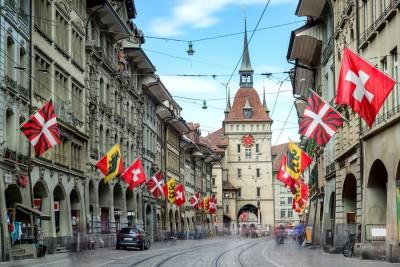 Ελβετία: Καθολικό lockdown και κλείσιμο των χιονοδρομικών ζητούν Δ/ντες νοσοκομείων