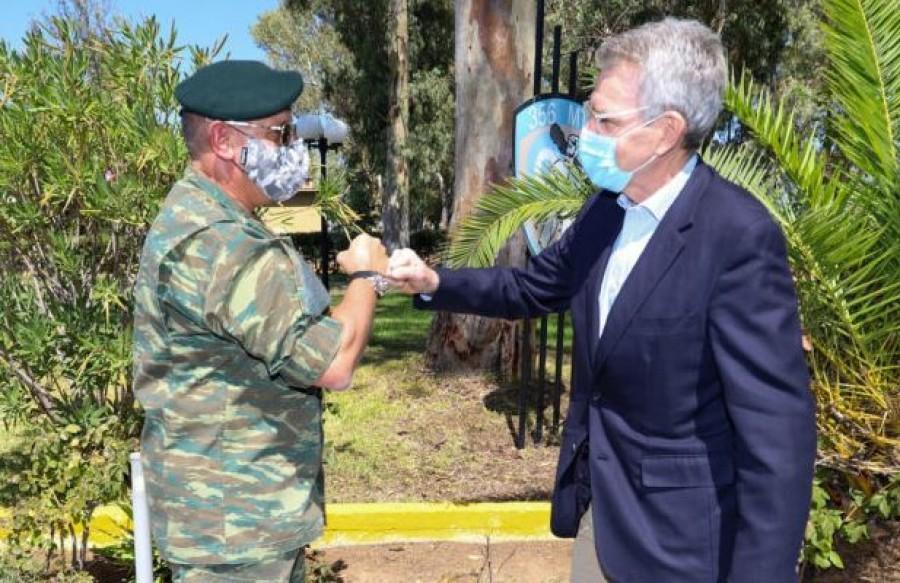 Παρουσία του Αρχηγού ΓΕΕΘΑ και του Πρέσβη των ΗΠΑ στην Ελλάδα στην άσκηση «Stolen Cerberus» στην Ελευσίνα