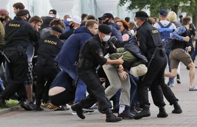 Λευκορωσία: Νέες κινητοποιήσεις κατά του Lukashenko και δεκάδες συλλήψεις διαδηλωτών