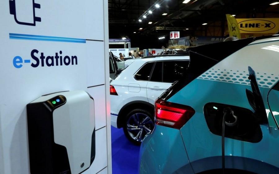 Οι πωλήσεις ηλεκτροκίνητων οχημάτων στη Γερμανία, θα ξεπεράσουν αυτές της Tesla στην Καλιφόρνια