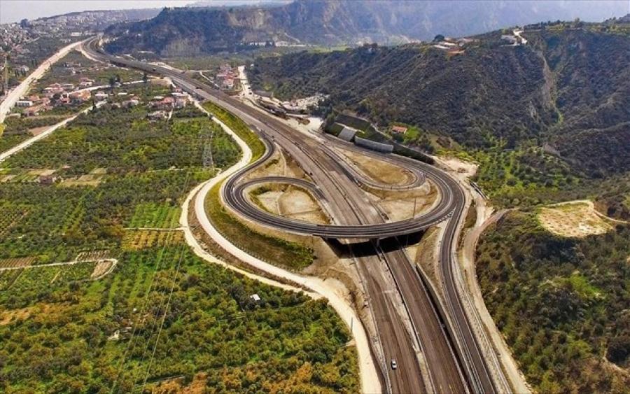Μάχη κατασκευαστικών ομίλων για 12,4 δισ. ευρώ – Σκληρό παιχνίδι με εμπλοκή πολιτικών και βασικών αντιπάλων