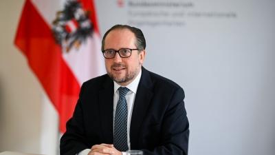 Η Αυστρία θα επιβάλλει lockdown στους ανεμβολίαστους - Ανησυχεί για μια πανδημία των ανεμβολίαστων ο καγκελάριος Schallenberg