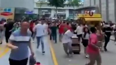 Κίνα: Πανικός όταν ουρανοξύστης άρχισε να κουνιέται – Μυστήριο τι προκάλεσε την κίνηση, δεν ήταν σεισμός