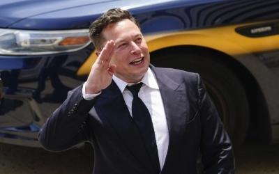 Κι όμως: Tο 2% της περιουσίας του Elon Musk μπορεί να εξαλείψει την πείνα από την πλανήτη