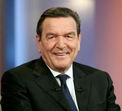 Schröder (Γερμανία): Αγωγή κατά της Bild γιατί τον ανέφερε ως «παιδί του Putin» που λαμβάνει «μυστικές αμοιβές»