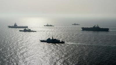 Λονδίνο για προειδοποιητικά πυρά σε βρετανικό πλοίο: Έπλεε ειρηνικά και σύμφωνα με το διεθνές δίκαιο