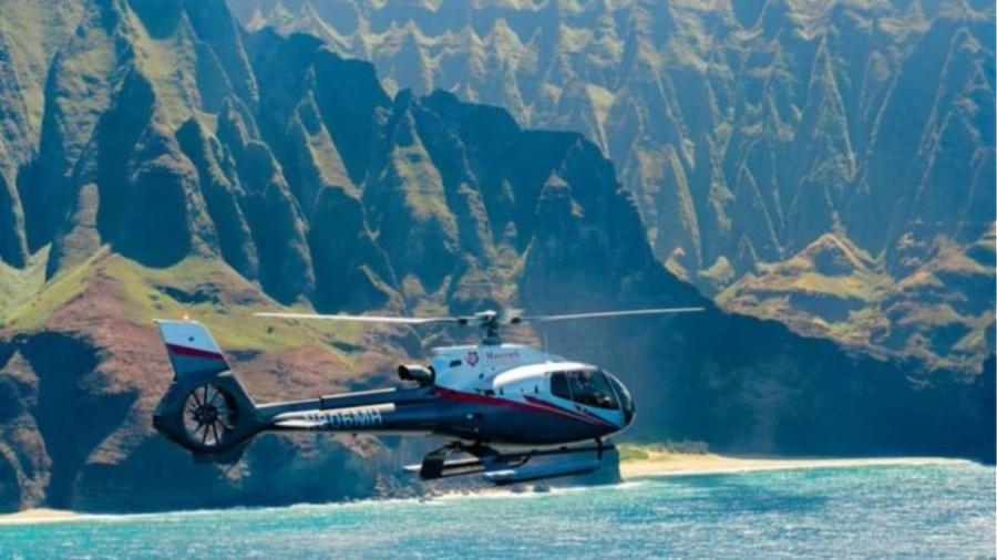 Χαβάη: Εξι νεκροί, ανάμεσά τους και δύο παιδιά σε συντριβή τουριστικού ελικοπτέρου