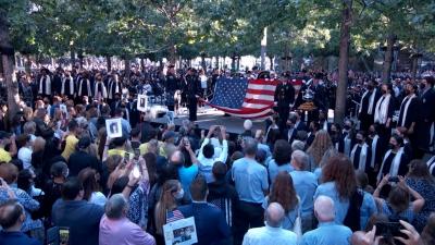11η Σεπτεμβρίου: Τα γεγονότα στο Αφγανιστάν επισκιάζουν τις εκδηλώσεις μνήμης σε όλες τις ΗΠΑ – Συγκίνηση στο «σημείο μηδέν» παρουσία Biden