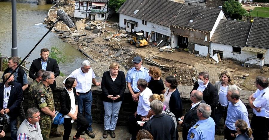 Merkel: Η Γερμανία πρέπει να βιαστεί στη μάχη κατά της κλιματικής αλλαγής