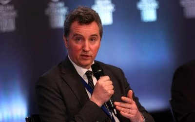 Costello (ΕΕ): Δεν σημειώνεται πρόοδος σε τραπεζικά ζητήματα όπως