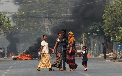 Αιματοχυσία στη Μιανμάρ: Ο στρατός σκοτώνει ανθρώπους στις κηδείες των νεκρών διαδηλωτών