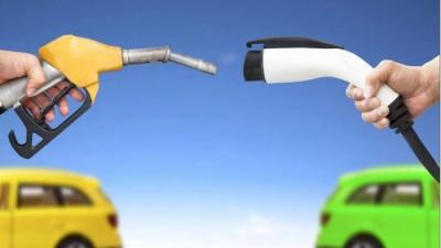 ΕΛΠΕ: Δυναμική διείσδυση με εταιρεία ειδικού σκοπού στην ηλεκτροκίνηση