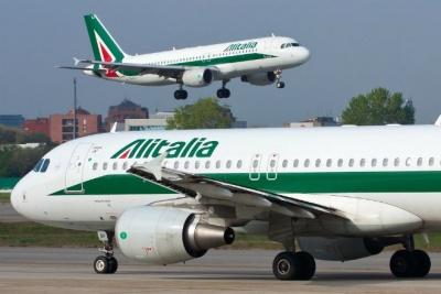 Η Ιταλία χρειάζεται περισσότερο χρόνο πριν αρχίσει συνομιλίες για την πώληση της Alitalia
