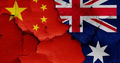 «Πόλεμος» Κίνας - Αυστραλίας - Το Πεκίνο αναστέλλει τις οικονομικές συναλλαγές με την Ωκεανία