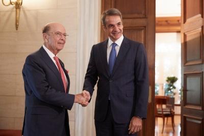 Οι αμερικανικές επενδύσεις και το εμπόριο στο επίκεντρο της συνάντησης Ross με Μητσοτάκη - Στο «στόχαστρο» τα ΕΛΠΕ