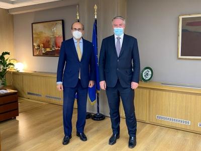 Χατζηδάκης (υπ. Εργασίας): Παρουσίασε τη μεταρρύθμιση της επικουρικής Ασφάλισης στον Mathias Cormann (ΟΟΣΑ)