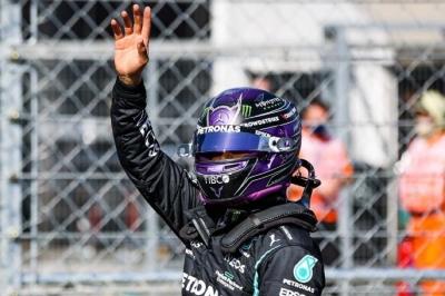Formula 1: «Χόρεψε» στην Ουγγαρία ο Χάμιλτον και πήρε την pole position!