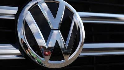 Η Volkswagen «διεκδικεί» τον θρόνο της Tesla στα ηλεκτρικά αυτοκίνητα - Άνοδος 30% στην μετοχή της
