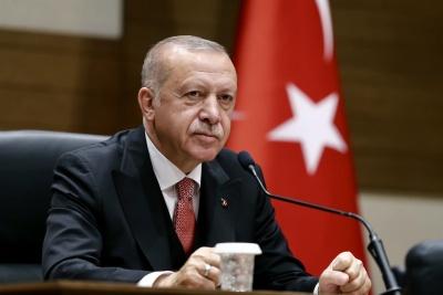 Erdogan: Θα προχωρήσουμε σε βάθος 35 χλμ μέσα στη Συρία - Δεν υποχωρούμε