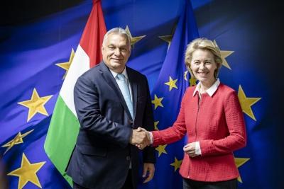 Von der Leyen (Κομισιόν): Διερευνητική συνάντηση με Orban για αποφυγή τριβών για το Ταμείο Ανάκαμψης