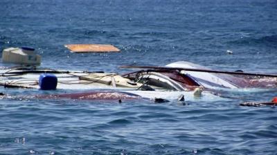 Toυλαχιστον 25 νεκροί σε ναυάγιο στα διεθνή ύδατα, βόρεια της Λιβύης