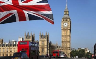 Σε μηδενική εκπομπή ρύπων έως το 2050 στοχεύει η Βρετανία