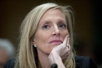 Brainard: Η Fed είναι έτοιμη να προσαρμόσει την πολιτική της, σε «απάντηση» στις εμπορικές εντάσεις