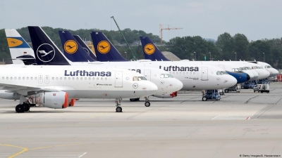 Lufthansa: Θα γίνεται check-in με την επίδειξη του πιστοποιητικού Covid-19