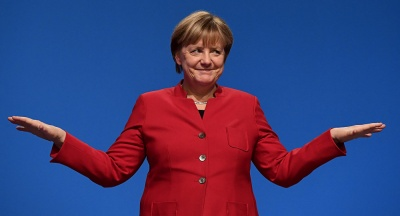 Merkel: Είμαι ικανοποιημένη - Μια πειστική και αφοσιωμένη Ευρωπαία θα γίνει πρόεδρος της Κομισιόν
