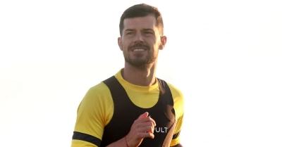 ΑΕΚ: Το δίτερμα στα Σπάτα, η χρησιμοποίηση του Γέβτιτς ως 10άρι και οι Σιμόες, Γαλανόπουλος
