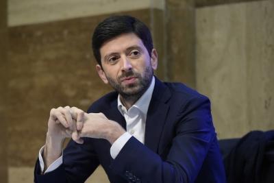 Speranza (Ιταλία): Το «πράσινο πάσο» κατά του Covid είναι ο σωστός δρόμος για ταξίδια με ασφάλεια
