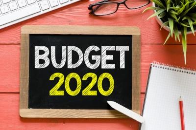 Θρίλερ με το δημοσιονομικό «κενό» των 900 εκατ. στον προϋπολογισμό του 2020, μόλις 6 ημέρες από το προσχέδιο