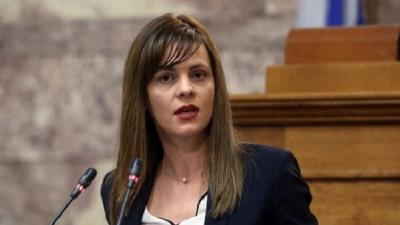 Αχτσιόγλου (ΣΥΡΙΖΑ-ΠΣ): Κυβέρνηση των ανισοτήτων - Αφήνει την κοινωνία πλήρως απροστάτευτη